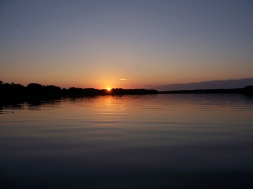 august-sunset-on-rainy-river.jpg