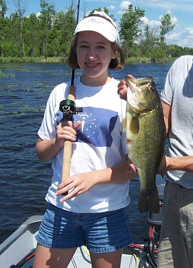 megans-19-inch-42-lb-largemouth1