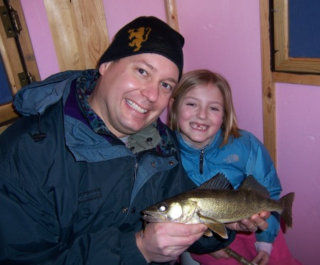 jonathan-and-rachel-with-16-inch-walleye
