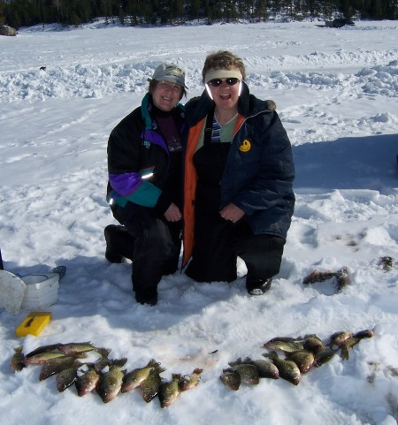 sue-and-diane-with-crappies