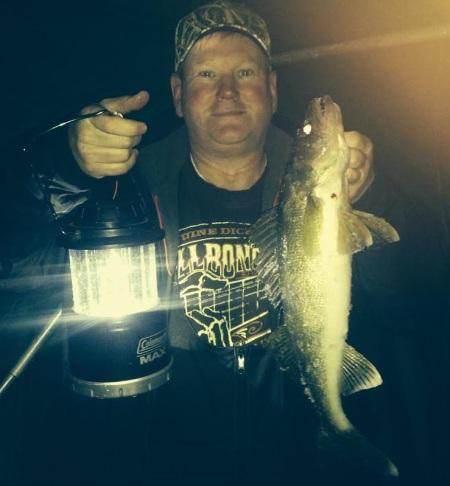 Jeff M 22 inch walleye